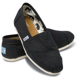 TOMS Alpargatas Black Canvas Slip-On Shoe 8.5